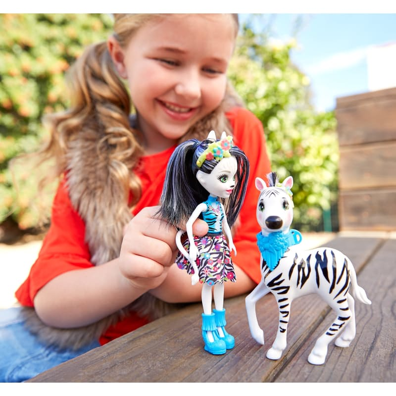 Storytelling Gillian Doll & Large Giraffe or Zebra
