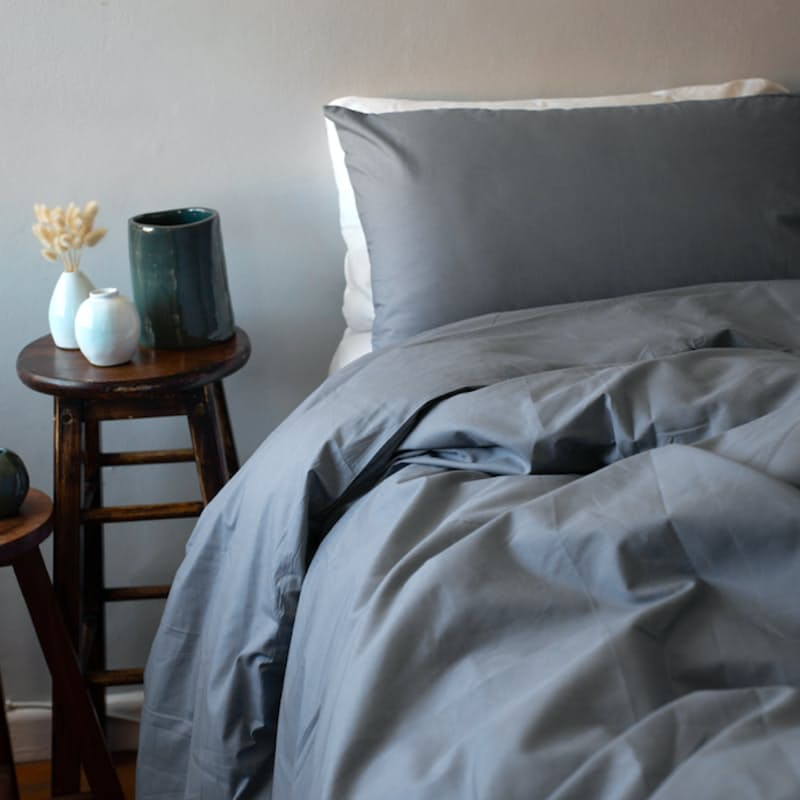 200 Thread Count 50/50 Cotton Percale Duvet Cover with Pillowcases