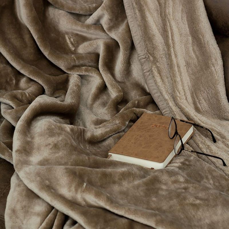 Cashmere Feel 400gsm Blanket (200x220cm)