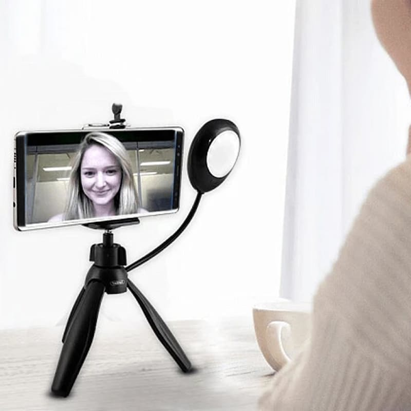 360 Degree Rotate Mini Smartphone Tripod with Selfie Lamp