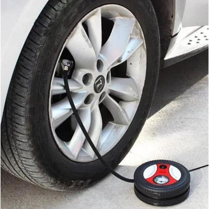 Portable Handy 12V Tire Pump with 3 Nozzles