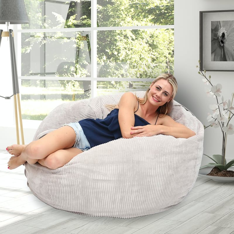 Small Beanbag in Cord Velour