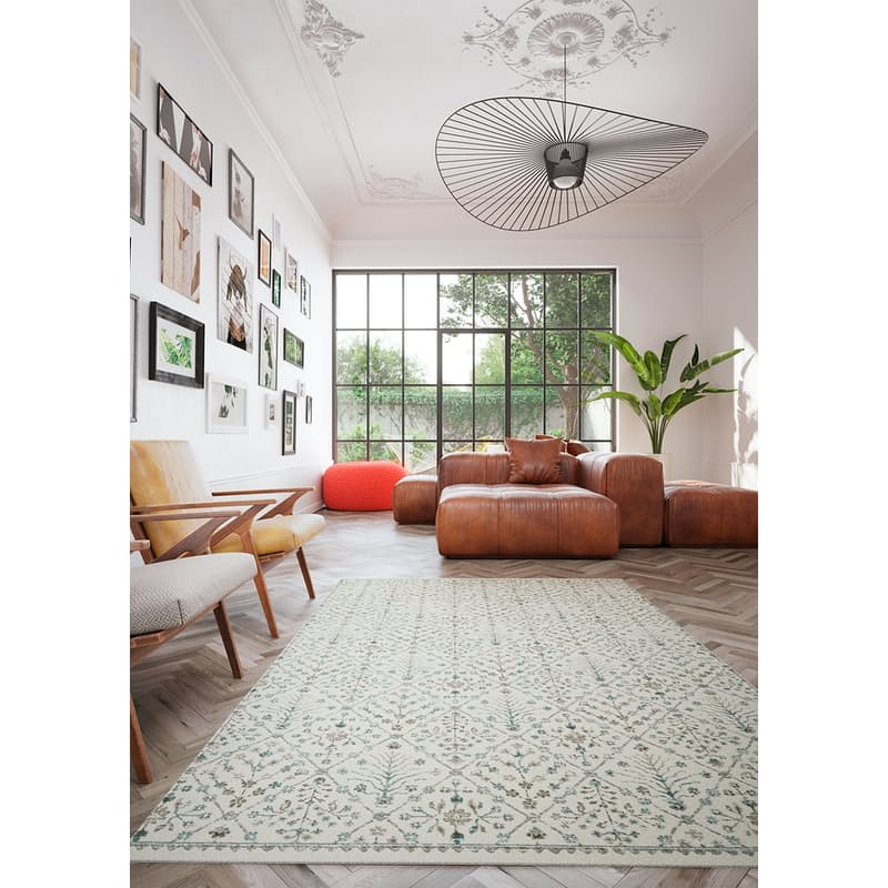 Antique Design Rugs (Multiple Sizes Available)