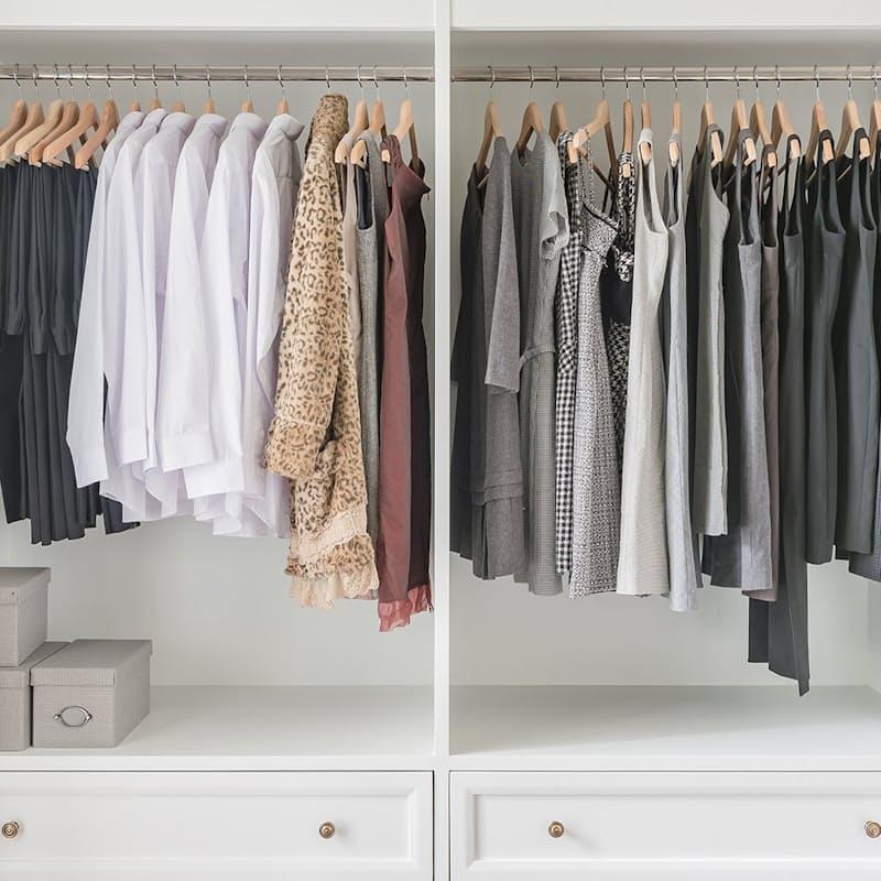 Set of 4 Natural Hangers