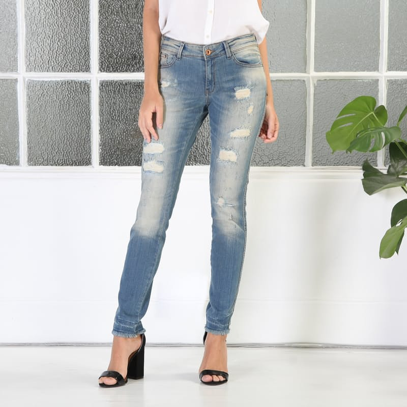 Ladies Mid-Rise Faded Wash Distressed Jeans
