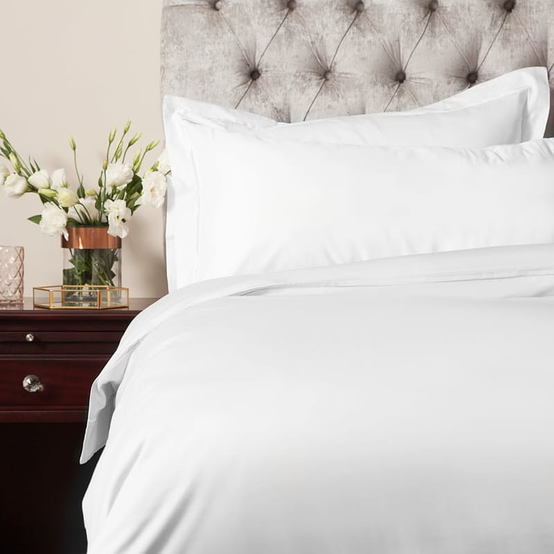 300 Thread Count 100% Egyptian Cotton Satin Stitch Oxford Duvet Cover and Pillowcase Set