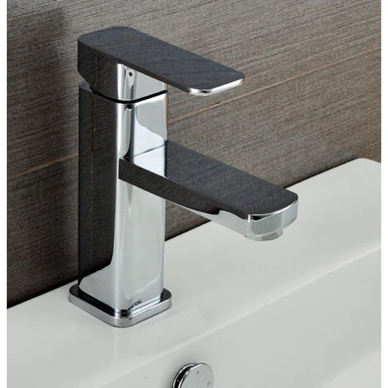 Semi-Rounded Bathroom Faucet