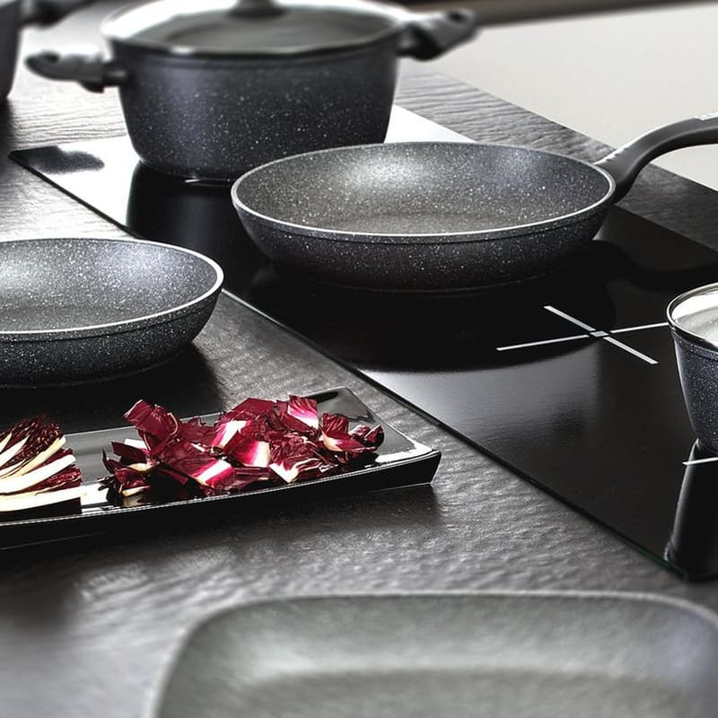 Mythos Aluminium Pan with Non-Stick Coating (More Sizes Available)
