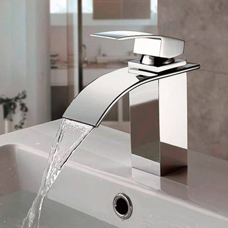 Curved Italian Bathroom Faucet