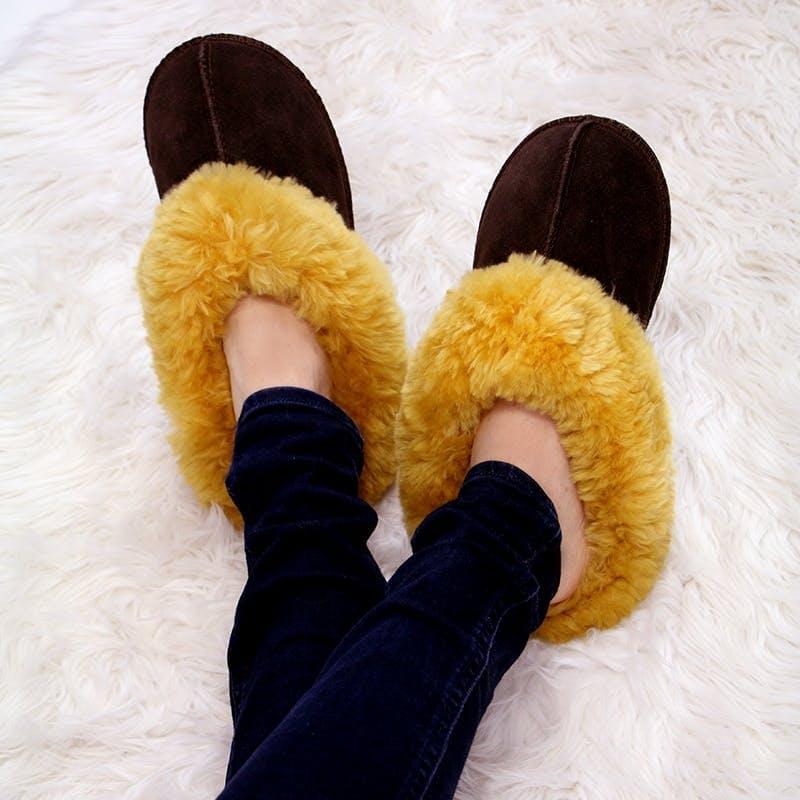 Sleek Unisex 100% Sheepskin Slippers