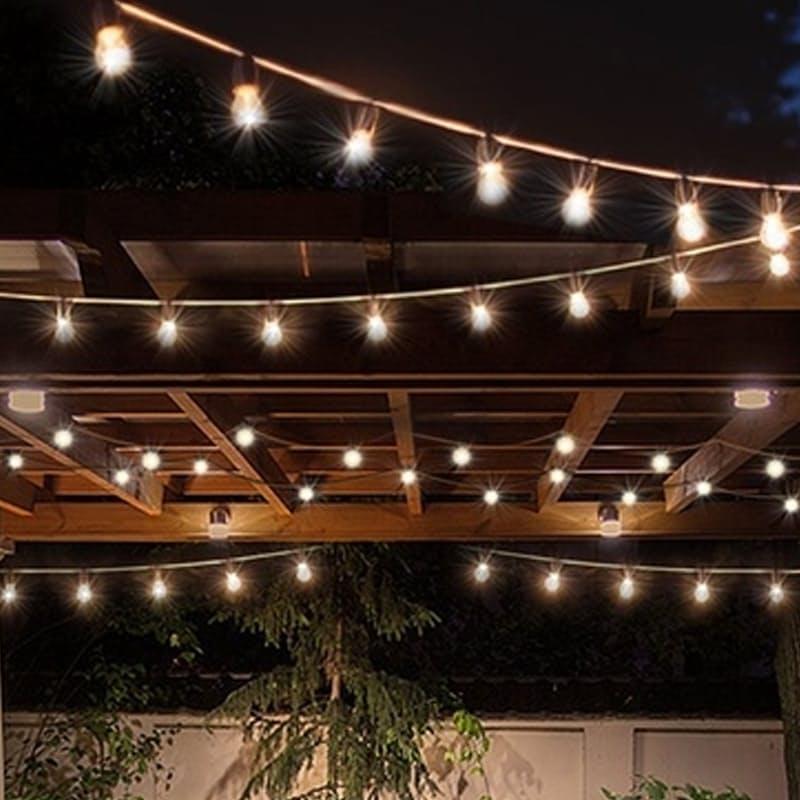 20 LED Solar-Powered Retro Bulb String Lights