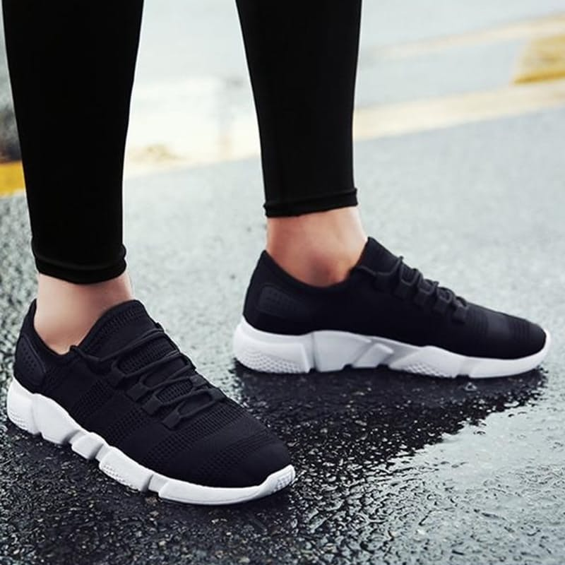 Men's Breathable Fly Knit Casual Sneakers